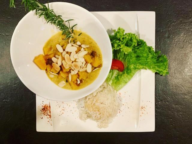 Le 31 Curry de Butternut et son riz à la cardamone...100% veggie !